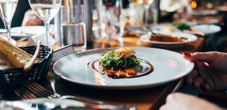 Restaurant-Tips-During-COVID-19_Blog_ImageHeader